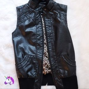 Therapy Black & Leopard Hooded Vest - 4 for $20!
